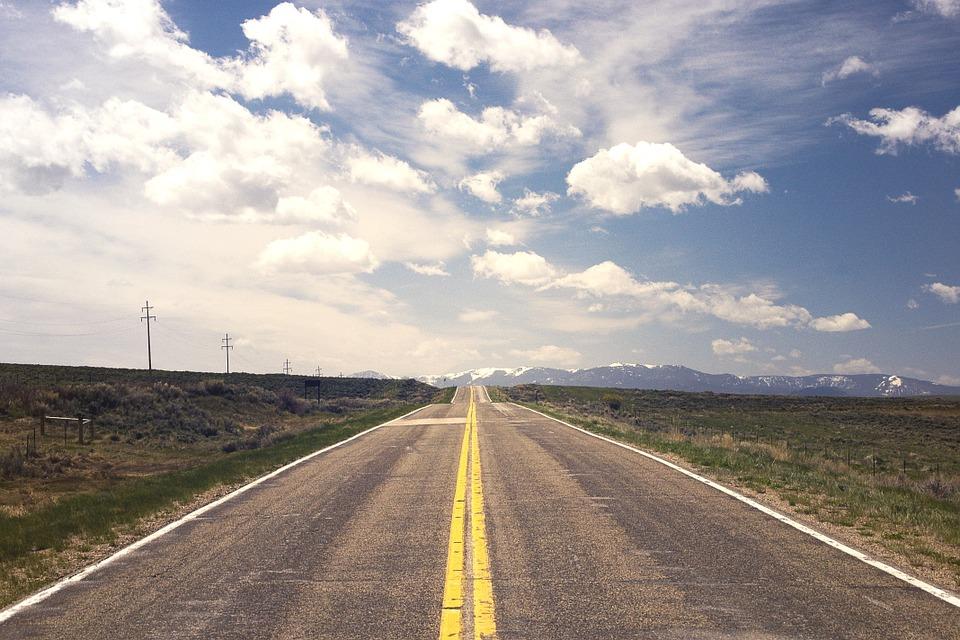 ¿Cómo reclamar un accidente por el mal estado de la carretera?